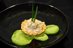Тарталетки с грибами и плавленным сыром