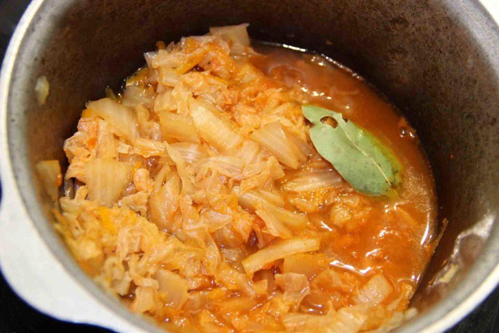 как потушить пекинскую капусту в сковороде