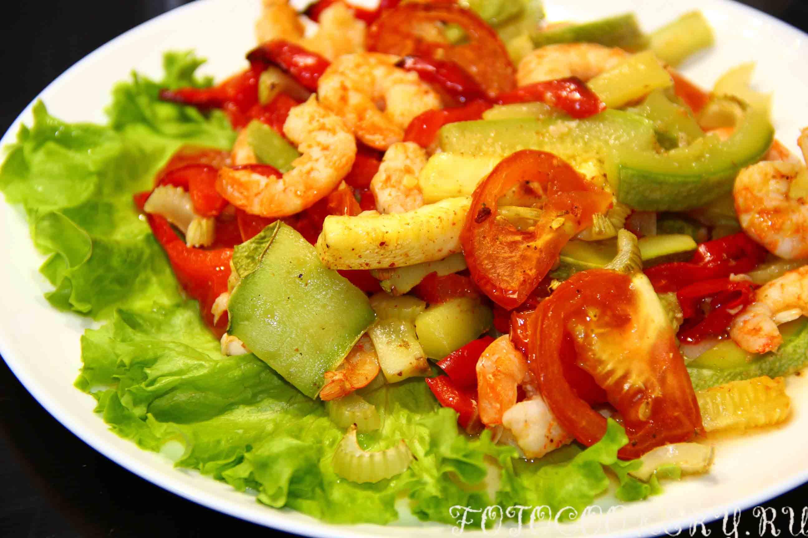 креветки запеченные с овощами