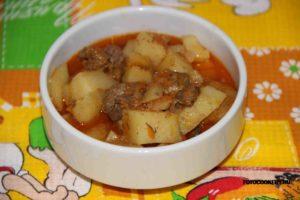 Картофель, тушеный с куриной печенью