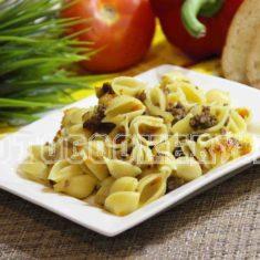 макароны с фаршем и овощами