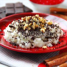 рисовая каша с орехами и шоколадом