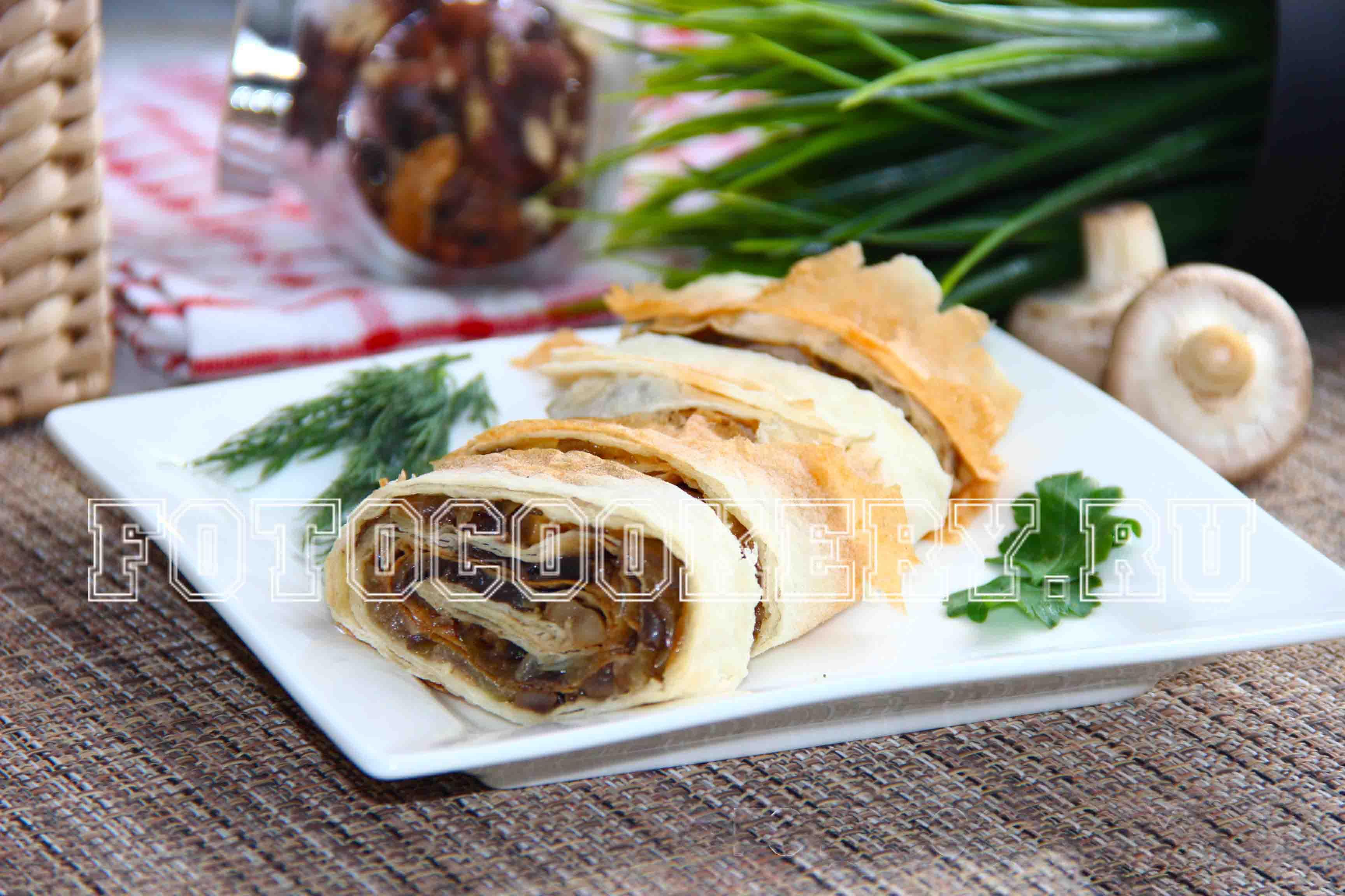 Рецепты рулетов из лаваша с грибами фото пошагово