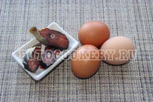 Яйца, фаршированные красной рыбой