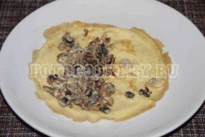 Яичные блинчики с грибами