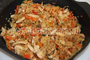 Булгур с курицей и овощами
